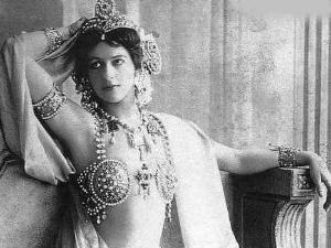 Margaretha Geertruida 'Grietje' Zelle alias Mata Hari (Google)